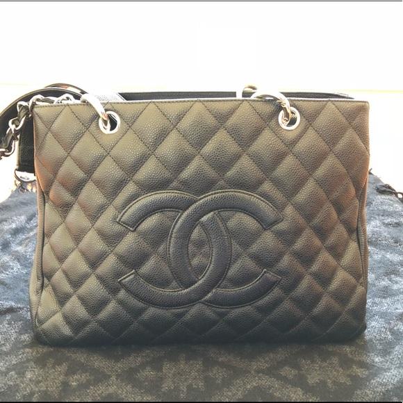 CHANEL Handbags - BLACK FRIDAY SALE Chanel GST handbag AUTHENTICATED